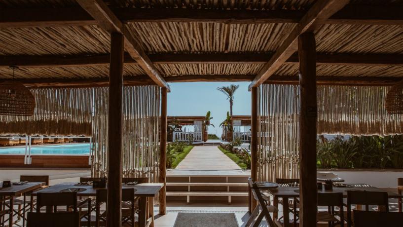 Resort 4 stelle con Piscina a Baia Domizia