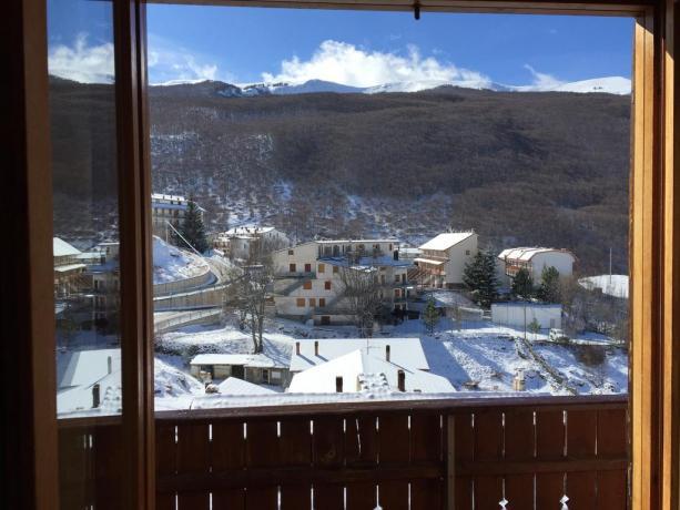 Camere con balcone e vista panoramica Lucoli