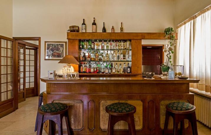 Hotel3stelle con Bar e Ristorante a Lido-di-Camaiore