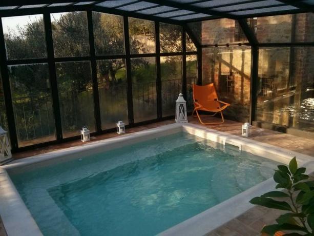 Vasca idromassaggio 4persone hotel5stelle Perugia