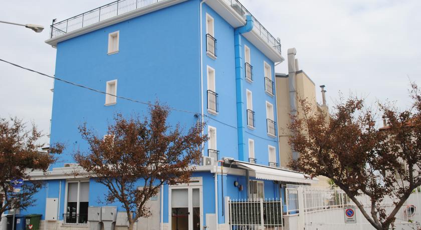Hotel 3 stelle ideale per bambini Lido-Fermo