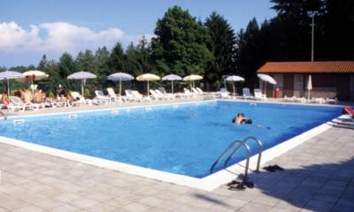 Pulizia piscine Milano pompe per piscina