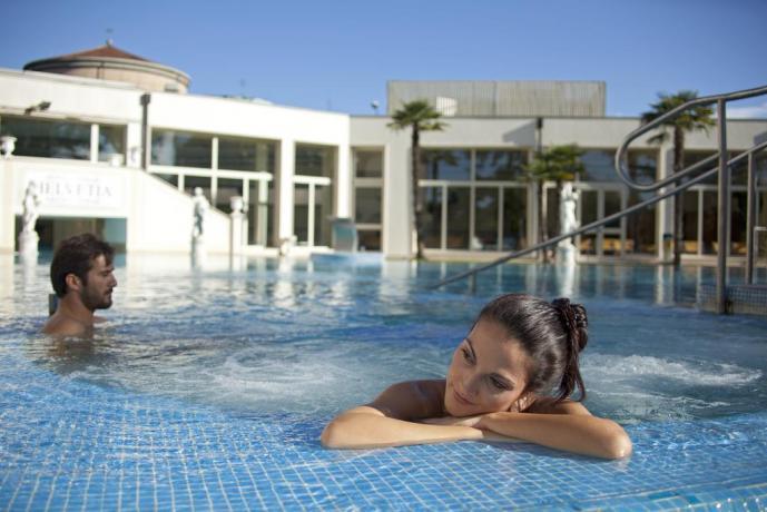 piscina esterna Hotel Terme Padova