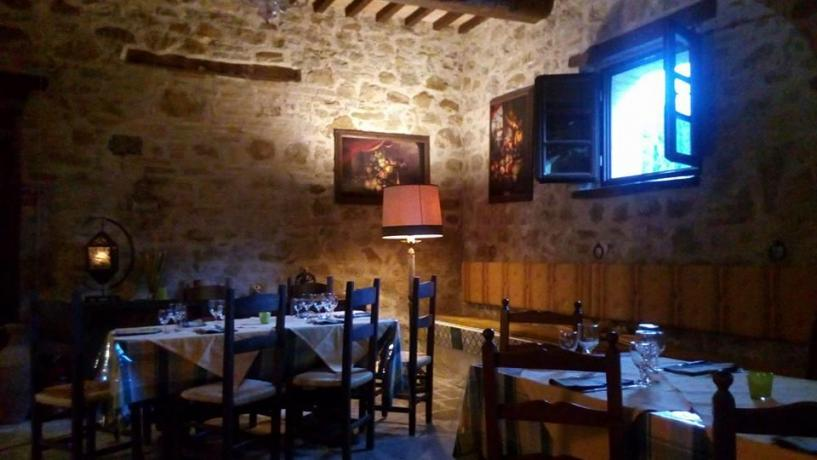 Sala ristorante agriturismo a Valfabbrica