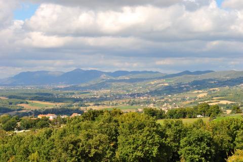 Panorama: Casolare in Affitto tra Umbria e Marche