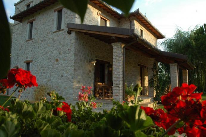 Country House a Ferentillo con Appartamenti Vacanza