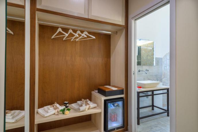 Appartamenti con cabina-armadio e cassaforte