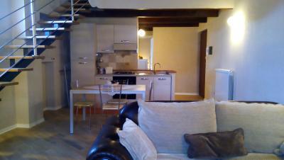 Appartamento Collis soggiorno e Angolo cottura