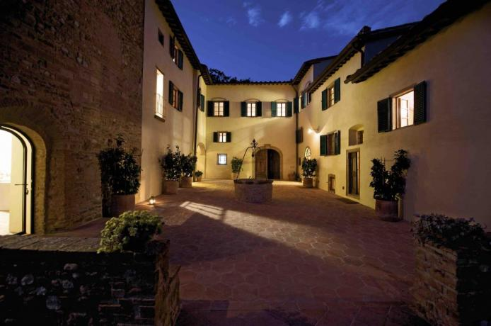 Ingresso La villa a Certaldo in toscana