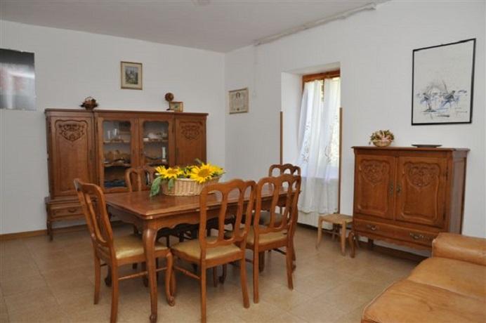 Sala da pranzo il casale Marmore scheggino