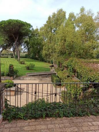 Suite Nonna-Rita terrazza vista giardino e bosco Bracciano