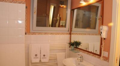 Servizi privati con vasca/doccia al'interno della camera