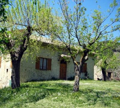 casale indipendente in collina in Umbria 2-6persone