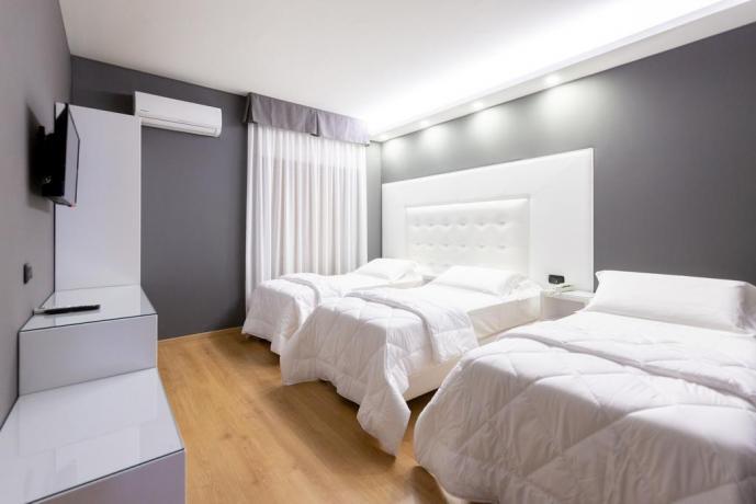 Camera familiare per 4persone hotel4stelle Casapulla-Caserta