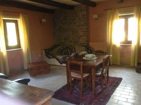 Appartamenti in Casale Rustico e piscina Assisi