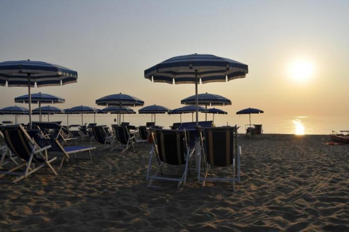 Camere a Silvi in Abruzzo, spiaggia privata, snorkeling