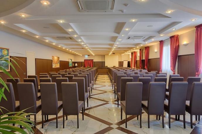 Sala Congressi Hotel Maria 4 Stelle
