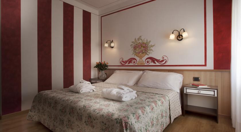 Camera Doppia nella Suite Hotel Molveno centro