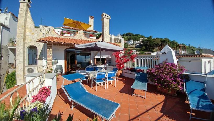 Casa vacanze Barano d'Ischia con terrazza solarium panoramica
