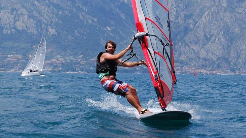Wind surf sul Lago di Piediluco