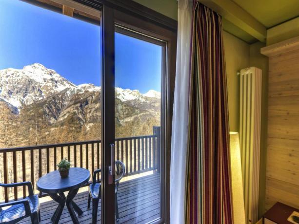 Camera matrimoniale-vista panoramica sul monte Chaberton