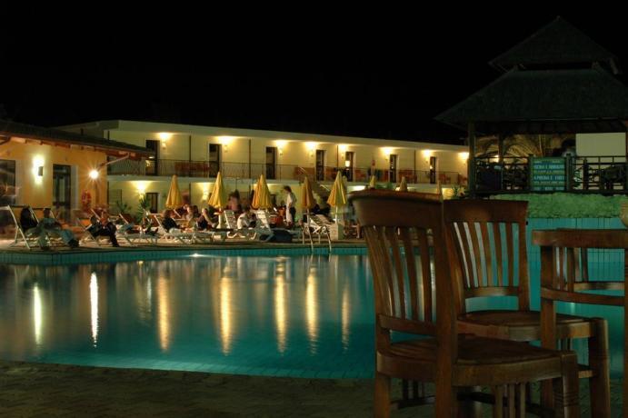 Isola-Capo-Rizzuto Hotel4stelle per famiglie con animazione serale