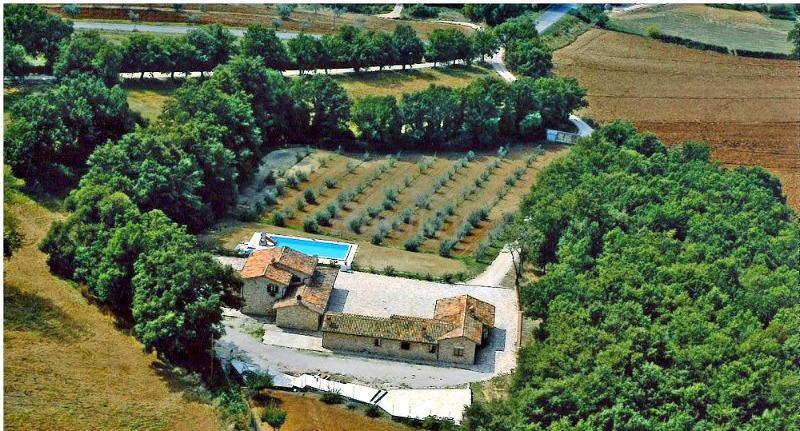 Villa vacanze Umbria con piscina vista panoramica