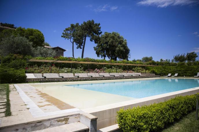 Piscina Deluxe in Ampia Tenuta, Umbria-Resort, Orvieto