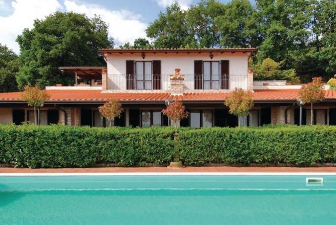 Casa Vacanza con piscina il casale agrituristico Magione