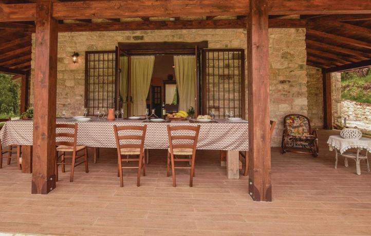 Casa vacanze con ristoro vicino Guardia Sanframondi