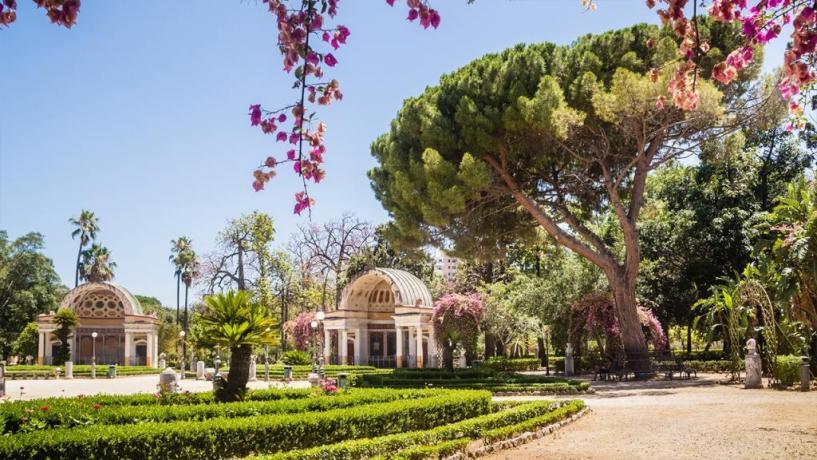 A Palermo albergo 4 stelle vicino orto botanico