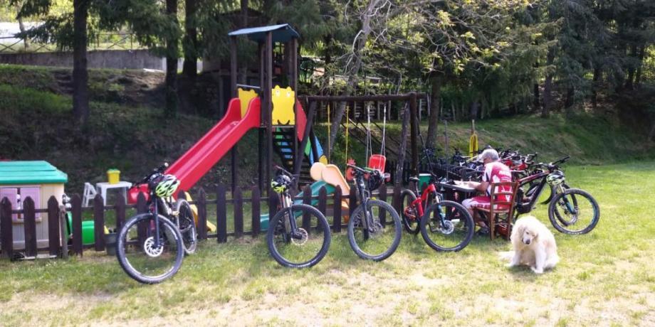 Parco Giochi nel verde Agriturismo vicino La Spezia