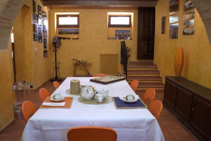 Villa vicino a Macerata con sala da pranzo