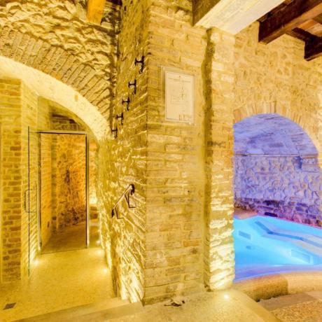 Centro Benessere ricavato in una Grotta