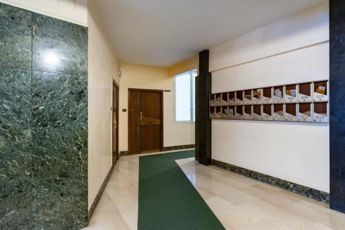 Corridoio palazzo appartamento 1 piano a Roma centro
