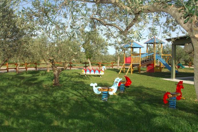Area Giochi per bambini Hotel a Orosei
