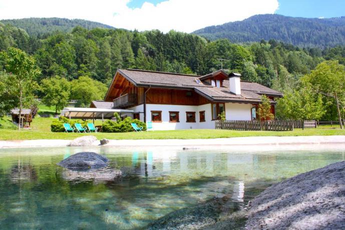 Agriturismo con giardino Giustino Parco Adamello Brenta