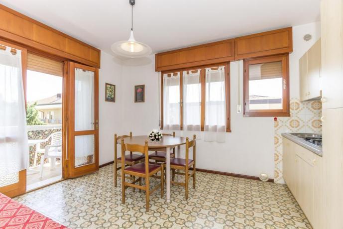 Ampi confortevoli Appartamenti vicino Mare LignanoSabbiadoro