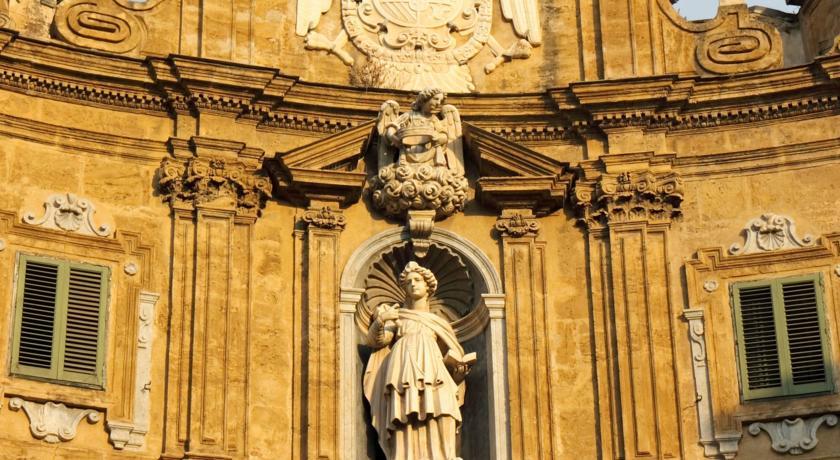 Camere vicinissime Piazza Quattro Canti Palermo