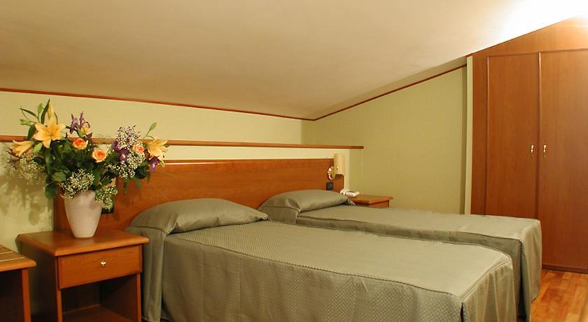 Camere confortevoli in Hotel vicino Roma Tivoli