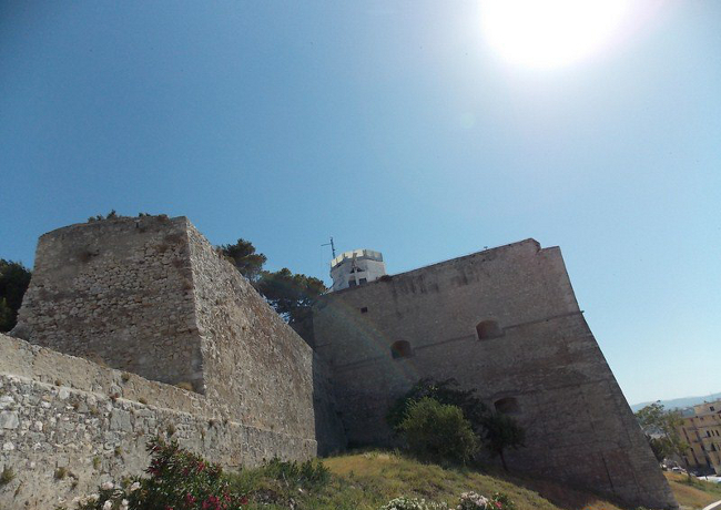 Hotel vicino Castello Svevo di Vieste in Puglia