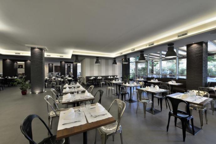 Ristorante interno con piatti tipici Hotel Perugia
