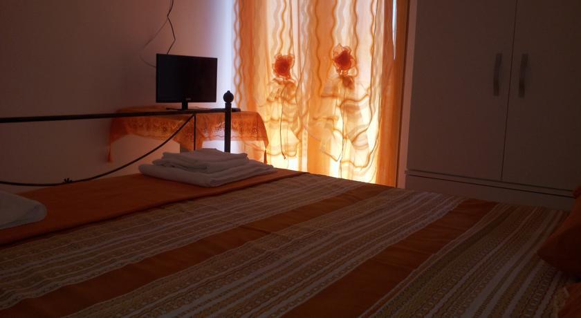 Camere con Tv, Balcone Praia a Mare