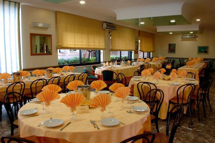 Hotel in Abruzzo, ristorante alla carta, spiaggia privata