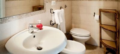 Camera Ruota bagno privato