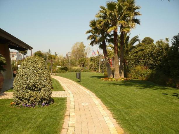 Resort 4 stelle con centro benessere a Castellana