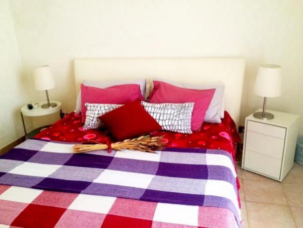 camera matrimoniale appartamento a roma