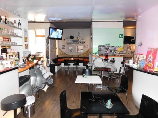 Pizzeria Pub Il Vespaio hotel a Chiusi