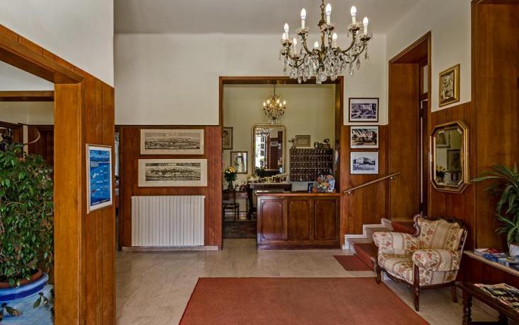 Hotel 3 stelle ideale per Famiglie-con-Ristorante Lido-di-Camaiore
