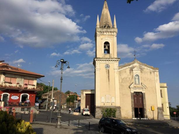La cittadina di Ragalna in Sicilia